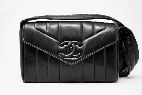 Rare Vintage 95P CHANEL Quilted Single Flap Bag