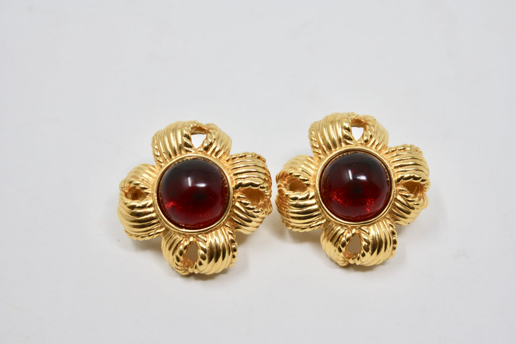 Vintage CINER Cabochon Earrings