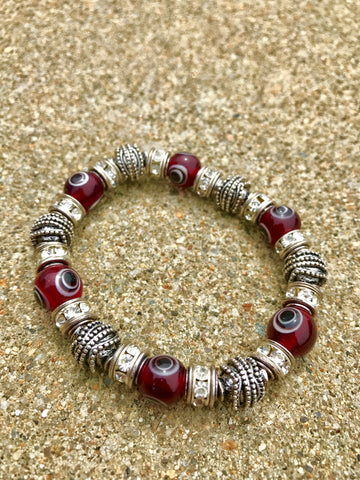Silver-Linked Lucky Eye Bracelet