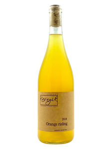 Orange Rizling | Natural Wine by Kasnyik.