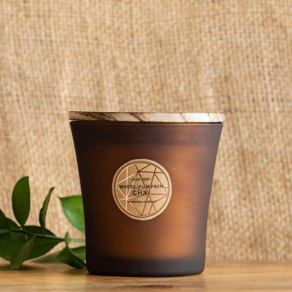 11.6 oz White Pumpkin Chai Candle