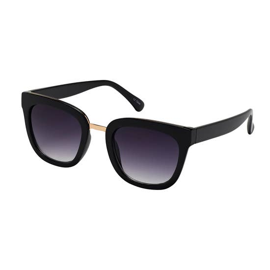 Oversized Wing Wayfarer Sunglasses