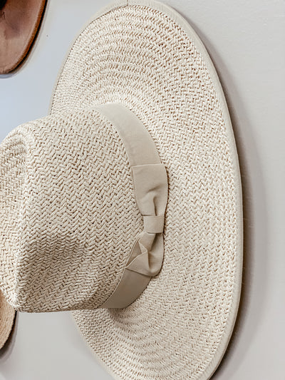 Straw Rancher Hat - Shop Amour Boutique Online
