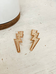 Threaded Lightning Bolt Earrings - Shop Amour Boutique Online
