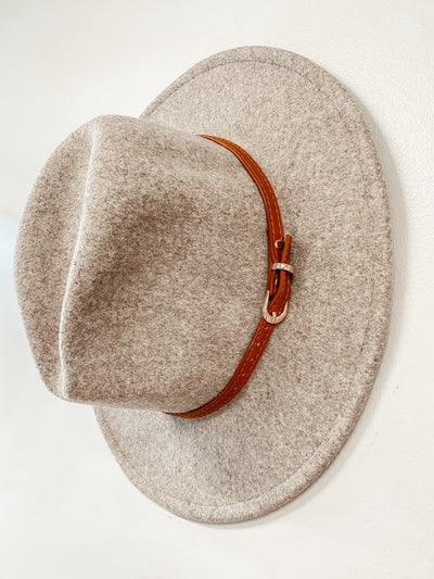 Brown Belt Panama Hat: Dark Ivory