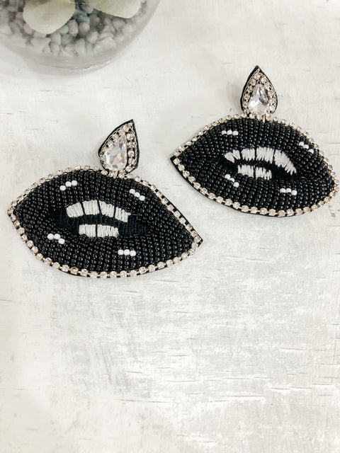 Beaded Lip Earrings: Black
