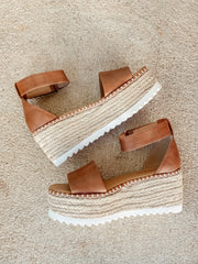 Tuckin Platform Wedge