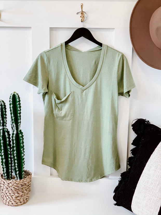 Z Supply Pocket Tee: Oil Green - Shop Amour Boutique Online
