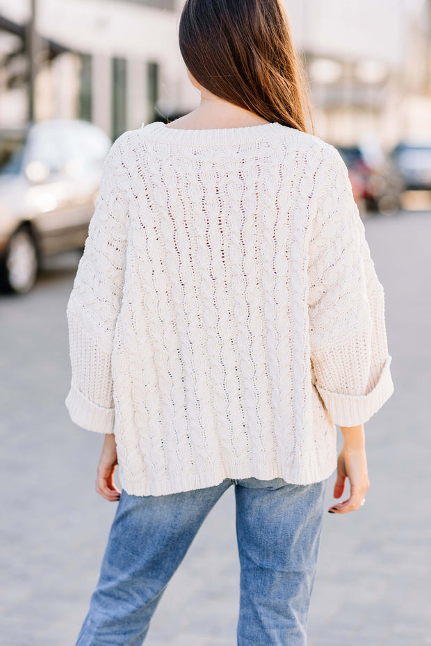 Cozy Chunky Cable Knit Sweater: Ivory