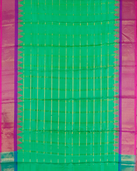 Emerald green color handloom Gadwal Silk saree