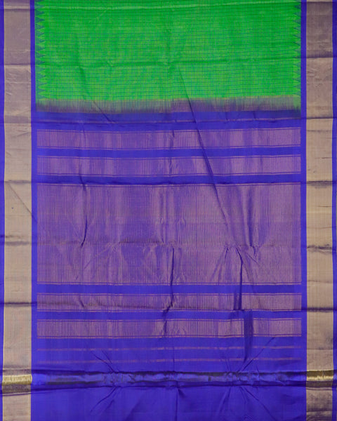 kelly green color handloom Gadwal Silk saree