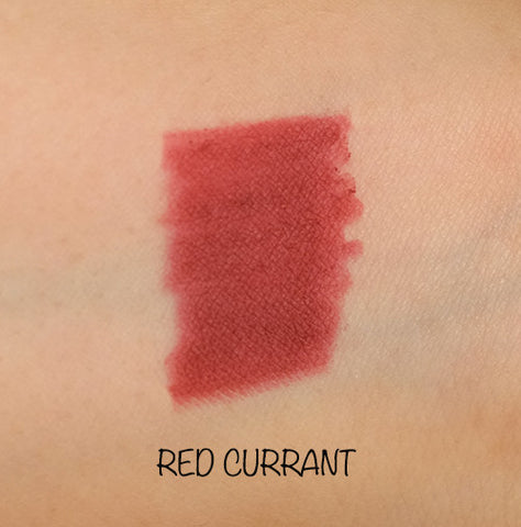 Motives lip crayon - red currant
