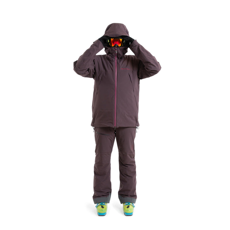 Beringia - Womens Ezo Insulated Jacket - Wine Red, fit outfit