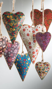 Small Floral Design Metal Hanging Heart