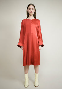 SILK CREPE BACK SATIN PLEATED KIMONO DRESS