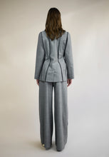 Load image into Gallery viewer, WOOL SUITING BLAZER