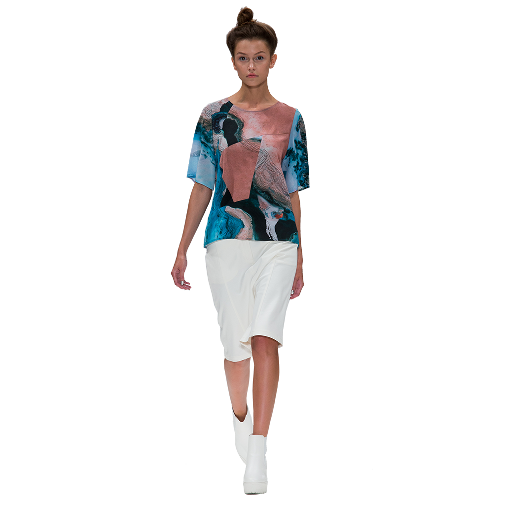 model in water print silk top