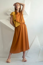 Load image into Gallery viewer, Two-tone Crepe Wing Dress