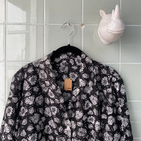 CAMISA ROSES B/N - Ghetto Gato Vintage Alicante Ropa