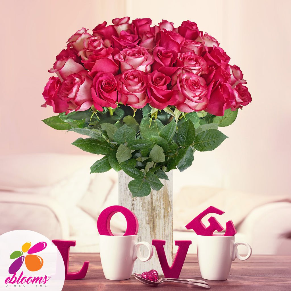 Duo hot pink and Bicolor roses the best flowers arrangementes bouquets and centerpieces to order online for any ocassion or wedding  and Valentine's day