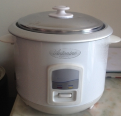 Antonino Collection ™ 5 Cup Rice Cooker