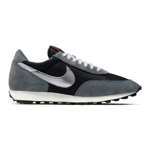 Nike Day Break SP Black/Metallic Silver/Dark Grey