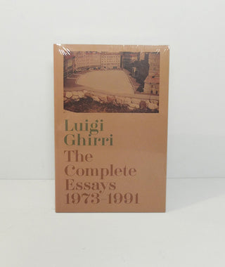 Luigi Ghirri: The Complete Essays 1973-1991}