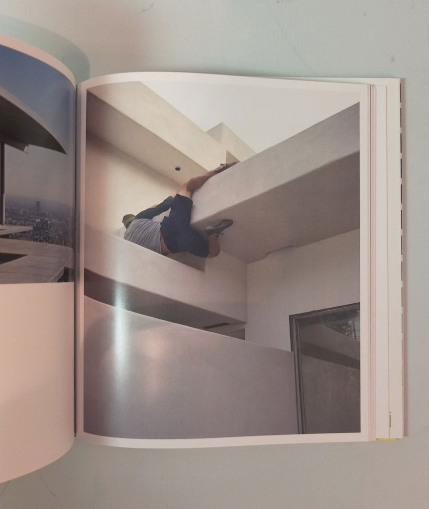 Shooting Space: Architecture in Contemporary Photography by Elias Redstone