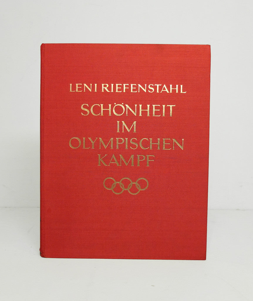 Schönheit im Olympischen Kampf (Beauty in the Olympic Games) by Leni Riefenstahl
