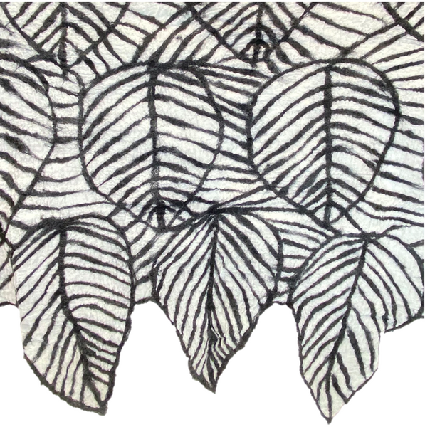 Outlined Leaf Wrap