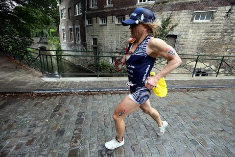 EnduroPacks athlete Mary Beth Ellis cruising to her 11th career Ironman Championship