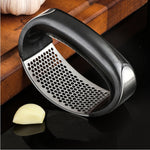 Multifunctional 304 stainless steel garlic press curve fruit and vegetable tool kitchen squeezer kitchen handheld ginger garlic