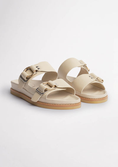 Hunter Vanilla Capretto Sandals