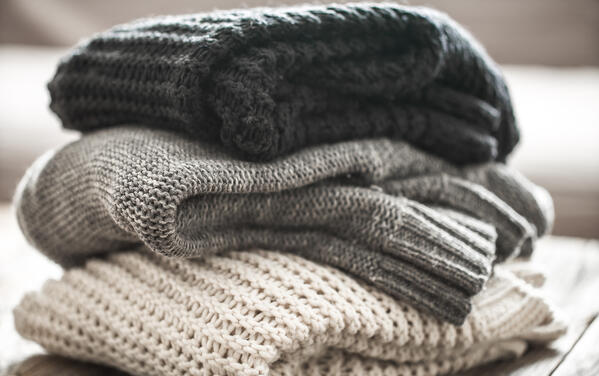 Safely remove stains from cashmere garments