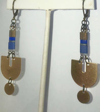 Load image into Gallery viewer, Gold and blue dangle earring