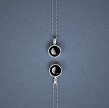 Load image into Gallery viewer, Moon-glow Necklace