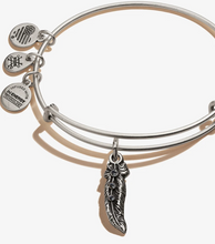 Load image into Gallery viewer, Feather Charm Bangle