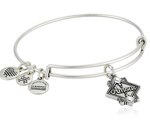 Load image into Gallery viewer, Amour Charm Bracelet