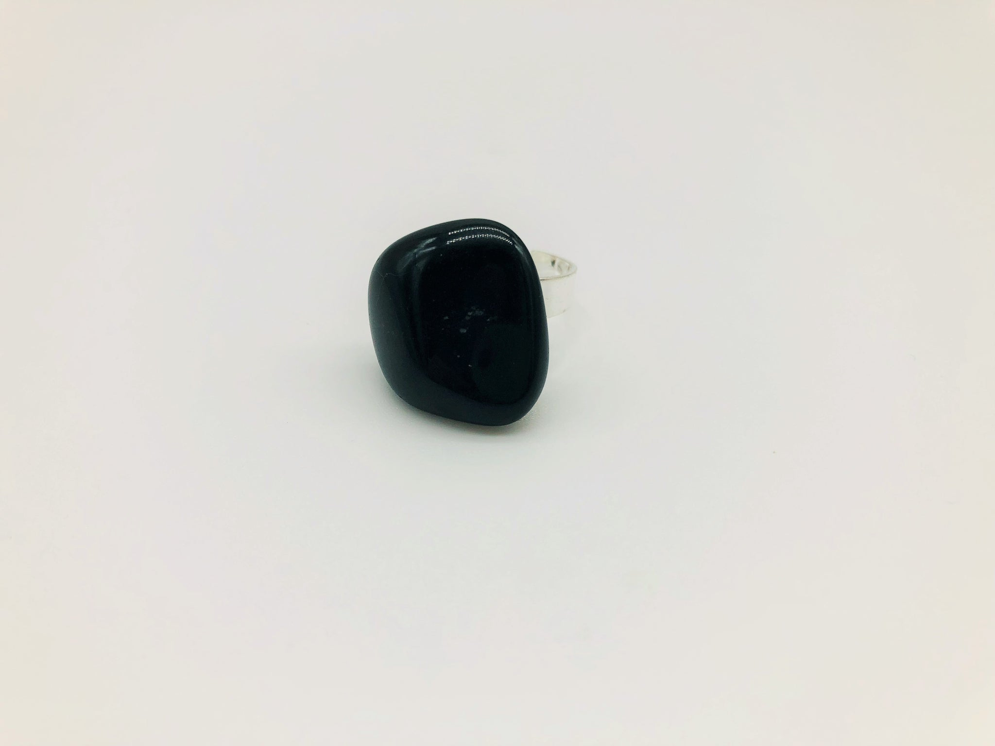 Black Onyx Healing ring for positivity & happiness and Protection & deflection from negative energy