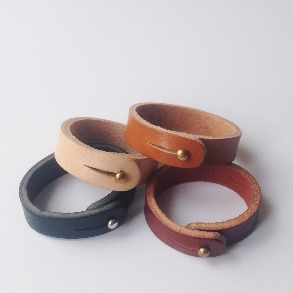 simple leather bracelet solid brass stud
