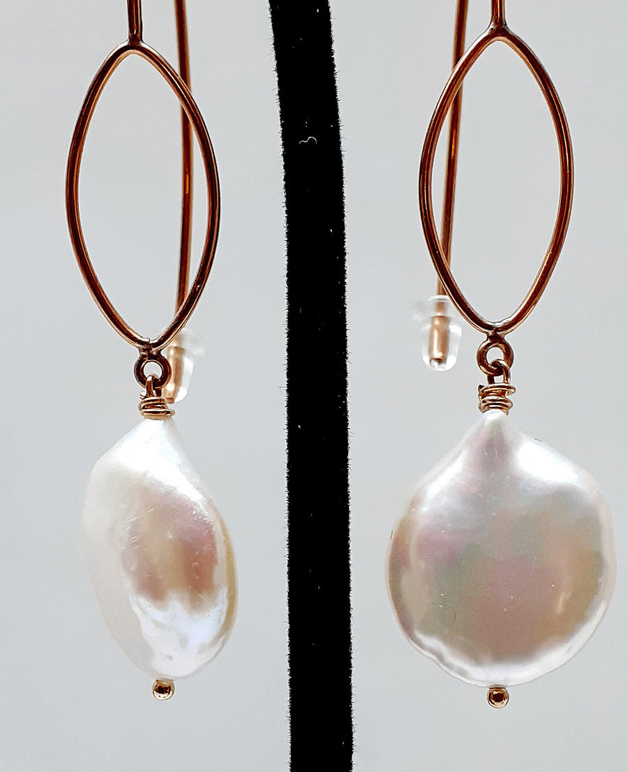 Coin Pearl Geometric Ear Wires