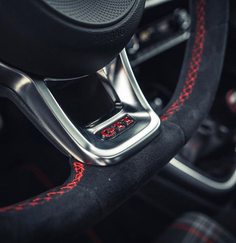 VW MK7 Itty Bitty Steering Wheel Skin