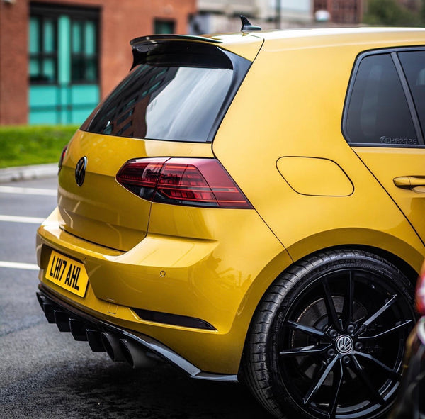 VW MK7/7.5 Rear Bumper Reflector Tint Set