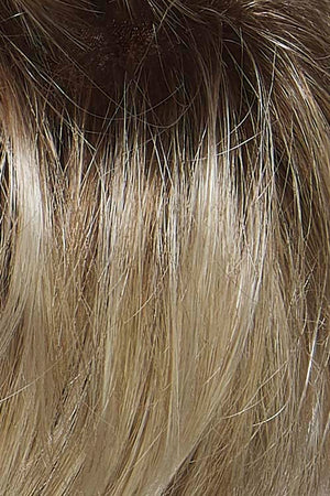 10/613GR | Light ash blonde with platinum blonde highlights and medium brown roots