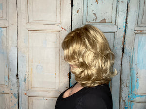 Bouncy Beauty Wig by Gabor