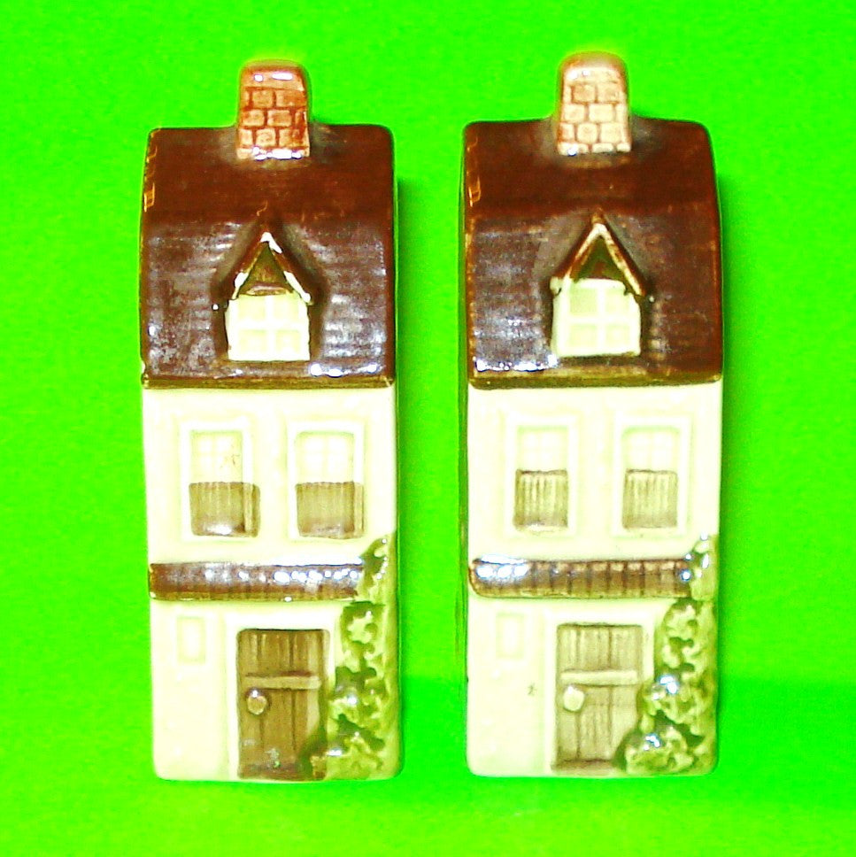 English Cottage Salt & Pepper Shakers
