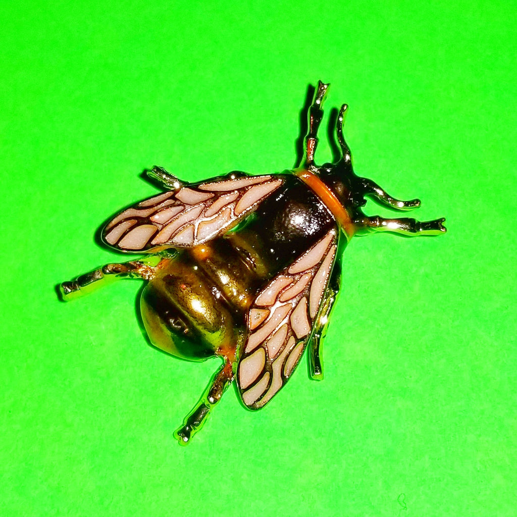 Bumble Bee Deluxe Pin