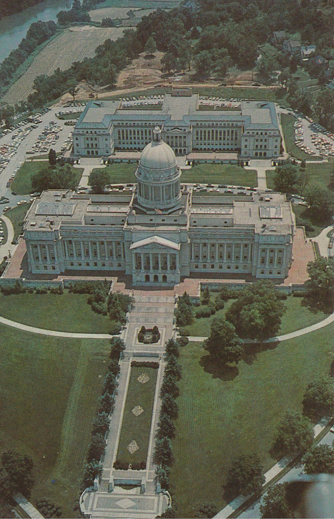 USA - Kentucky - Frankfort - State Capitol Aerial View Postcard