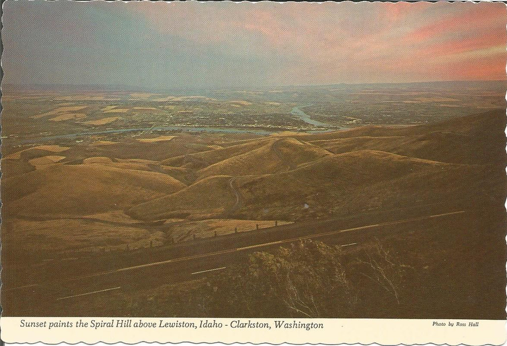 USA - Idaho - Lewiston - Spiral Hill Sunset Postcard