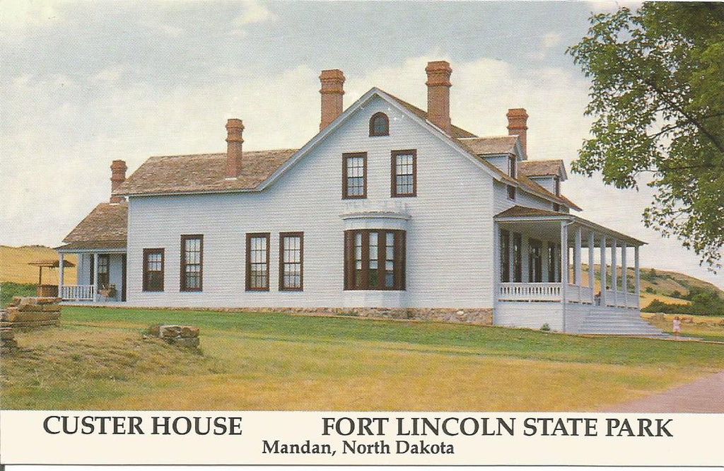 USA - North Dakota - Mandan - Custer House Postcard